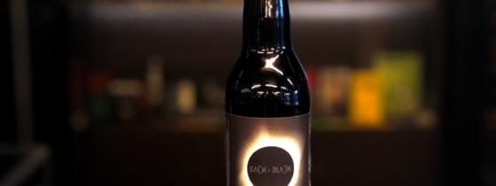 Notre première collab : la Back 2 Black !