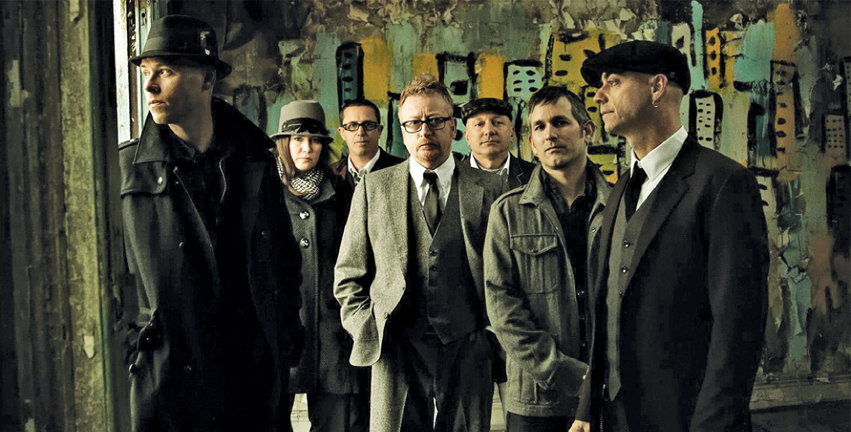 COMPLET – FLOGGING MOLLY