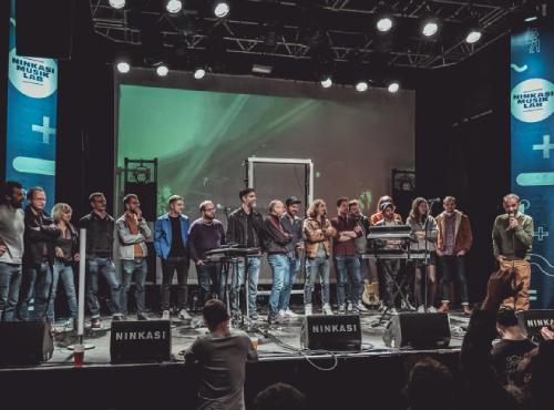 Le Jury et les artistes sur scène